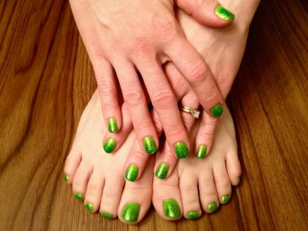 Green Gradient Glitter 1